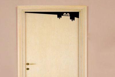 Gizemli Bakan Kapı Stickeri